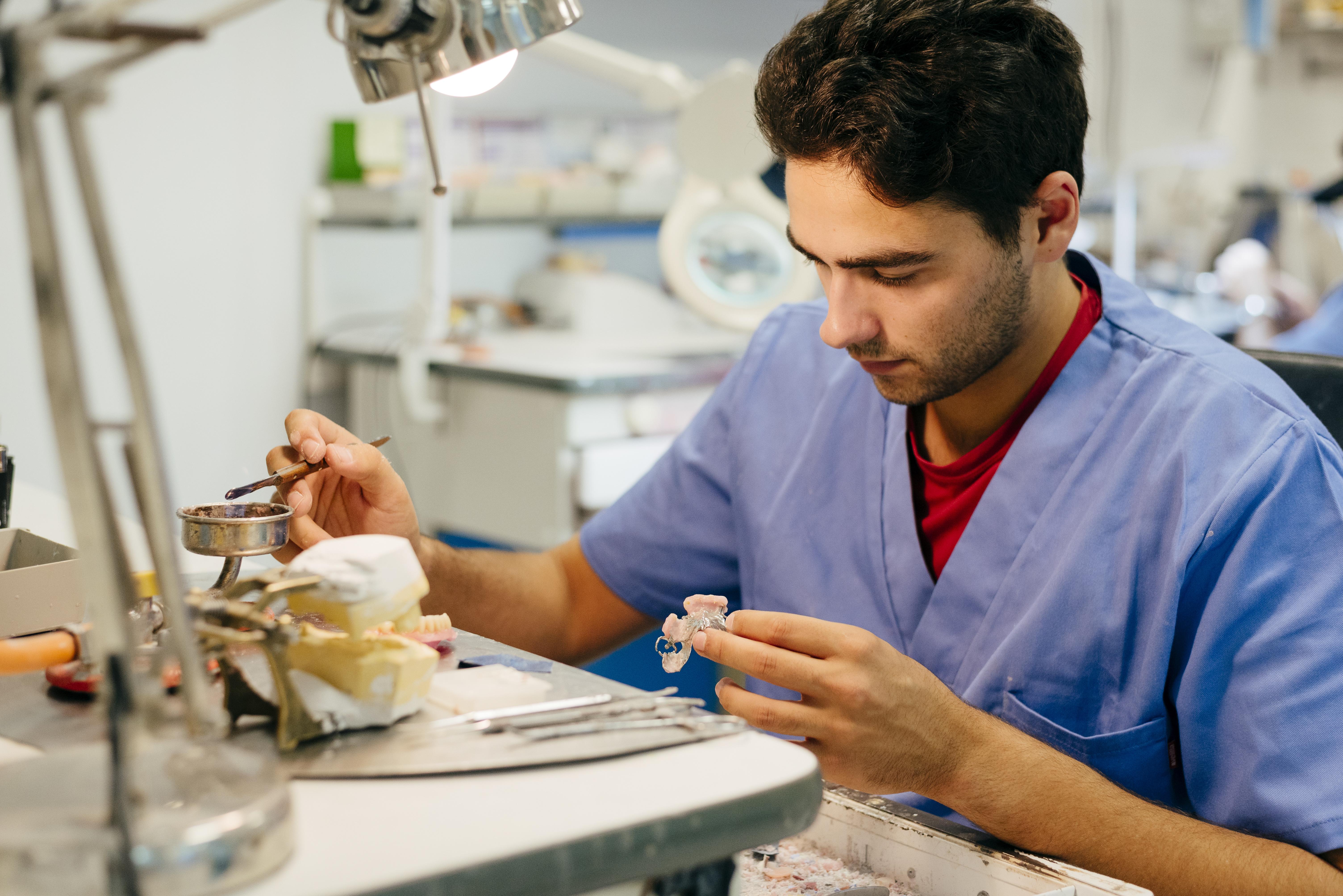 Neue Medizinprodukte Gesetz für Dentallabore